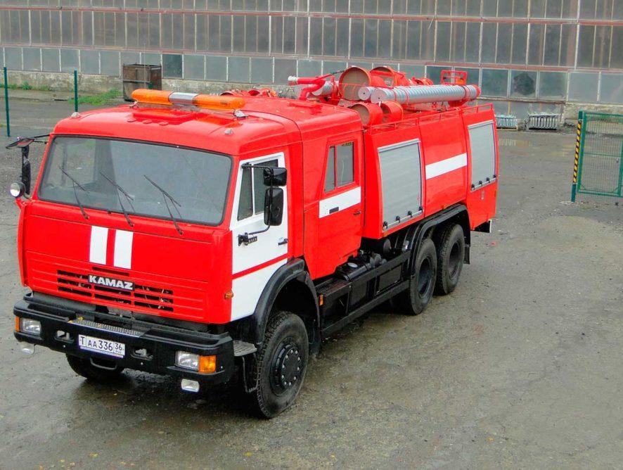 Семь пожарных машин обошлись Воронежу в 36 млн рублей