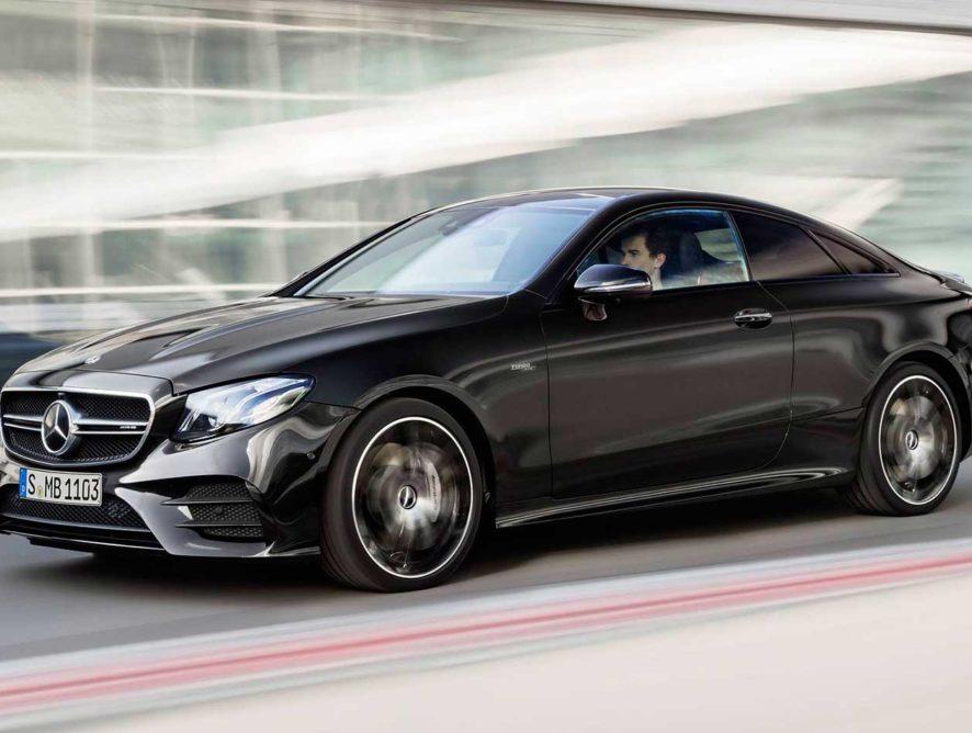 Mercedes-Benz отзывает в России более тысячи автомобилей