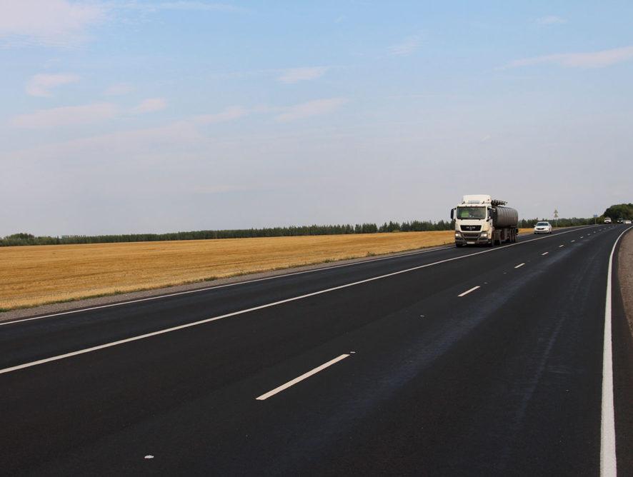 Три крупных игрока воронежского дорожного рынка «по-братски» разделили 1,38 млрд рублей госконтрактов на ремонт районных дорог