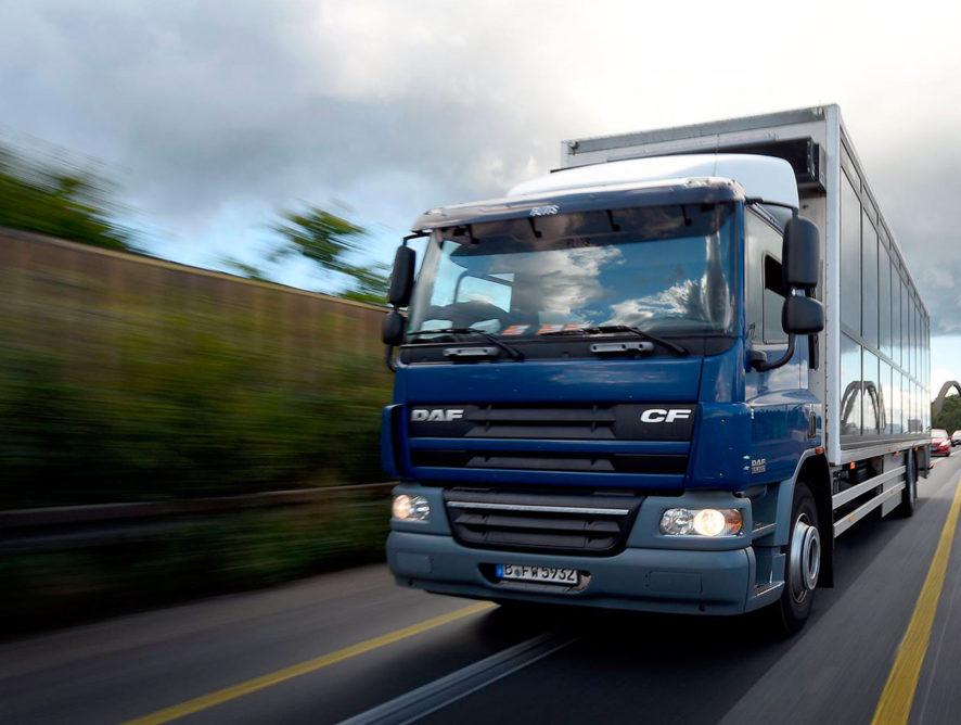 Воронежские силовики накрыли промышлявшую торговлей липовыми разрешениями для грузовиков преступную группу