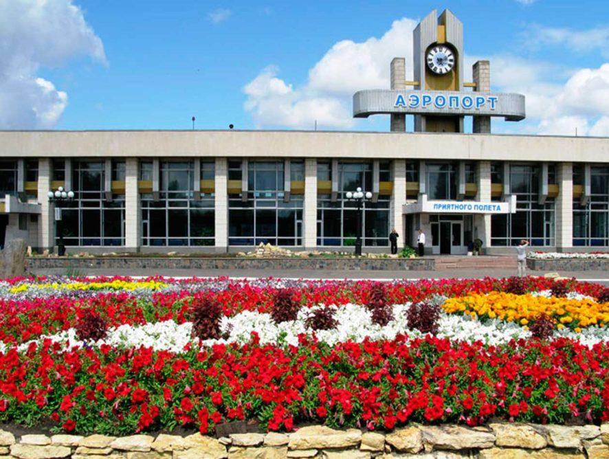 «Руслайн» на период летних отпусков возобновит прямые рейсы из липецкого аэропорта в Сочи и Симферополь