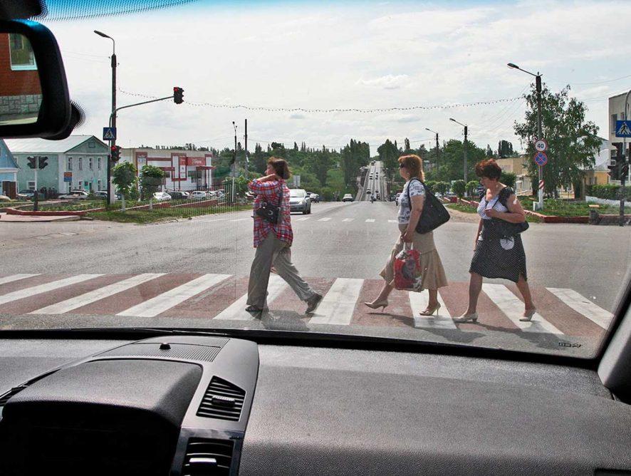 Больше половины наездов на пешеходов в Воронежской области совершаются в областном центре