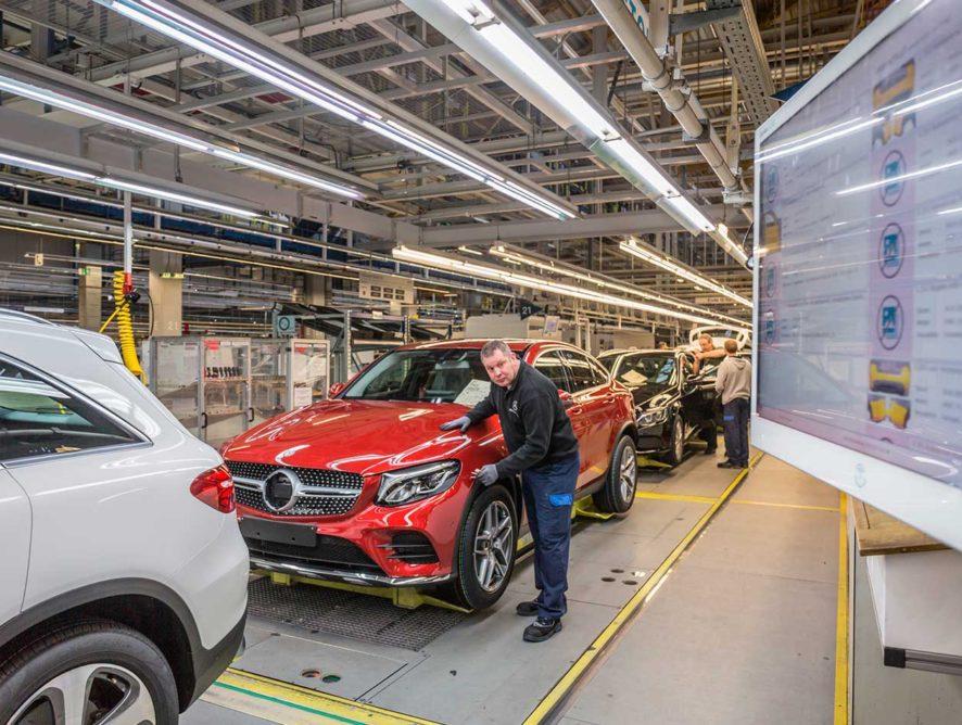 В России открылся первый завод Mercedes-Benz