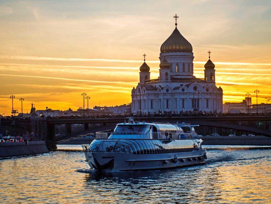 Речная навигация в Москве открылась 24 апреля