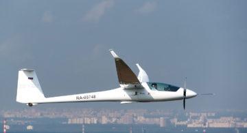 Федор Конюхов отправился в Крым на самолете с солнечными батареями