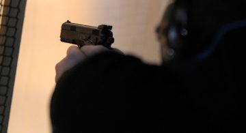 В Воронеже водитель иномарки дважды выстрелил в дорожного рабочего