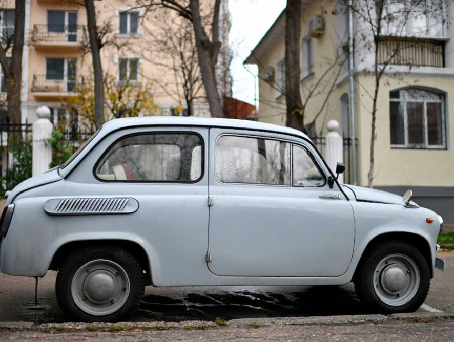 Минпромторг прокомментировал идею запрета старых автомобилей
