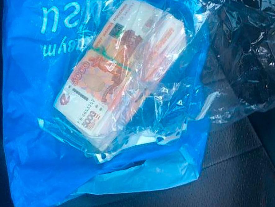 Внедрявший «умные» светофоры воронежский чиновник попался на взятке