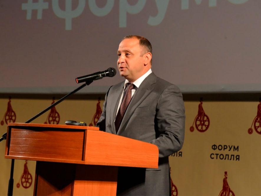 Зампред Виталий Шабалатов будет координировать создание легкорельсового транспорта в Воронеже