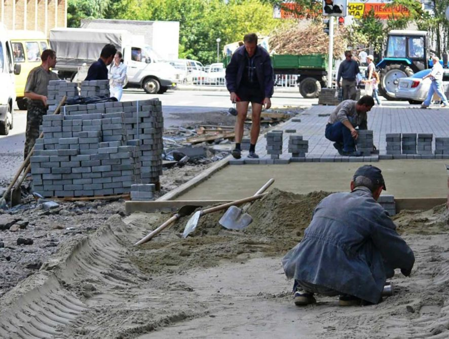 На обустройство тротуаров в Воронеже потратят до 24 млн рублей