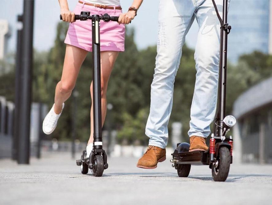 Владельцам электросамокатов могут разрешить ездить по тротуарам со скоростью 20 километров в час