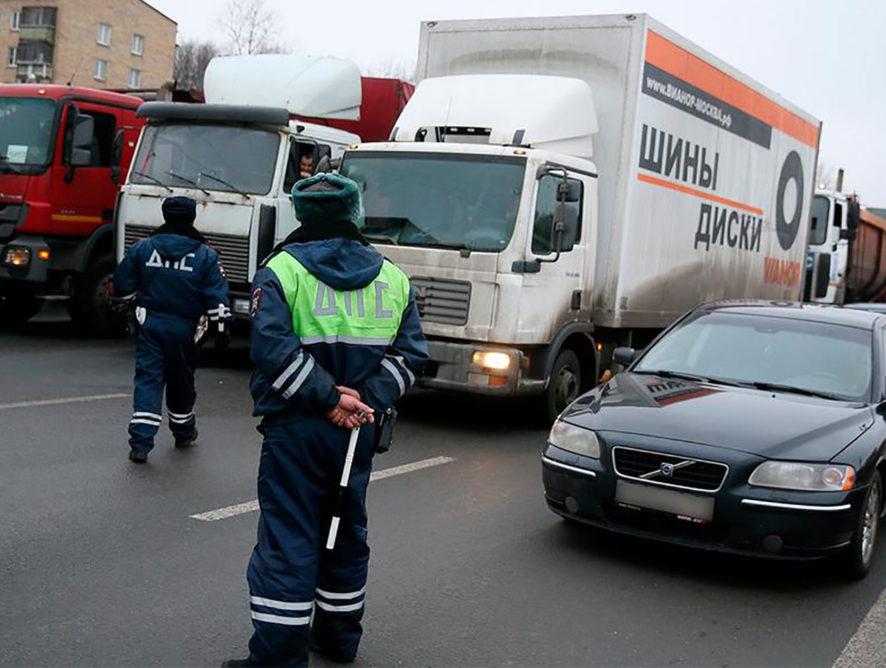 """На рынке грузоперевозок заговорили о новом """"крепостном праве"""""""